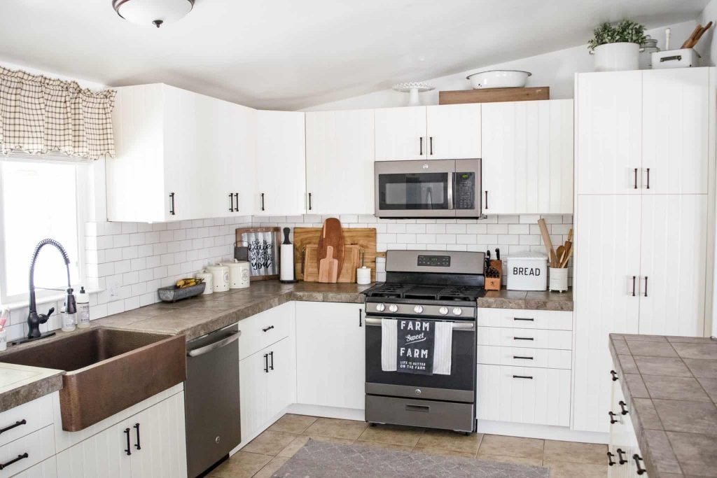 modern farmhouse style kitchen remodel