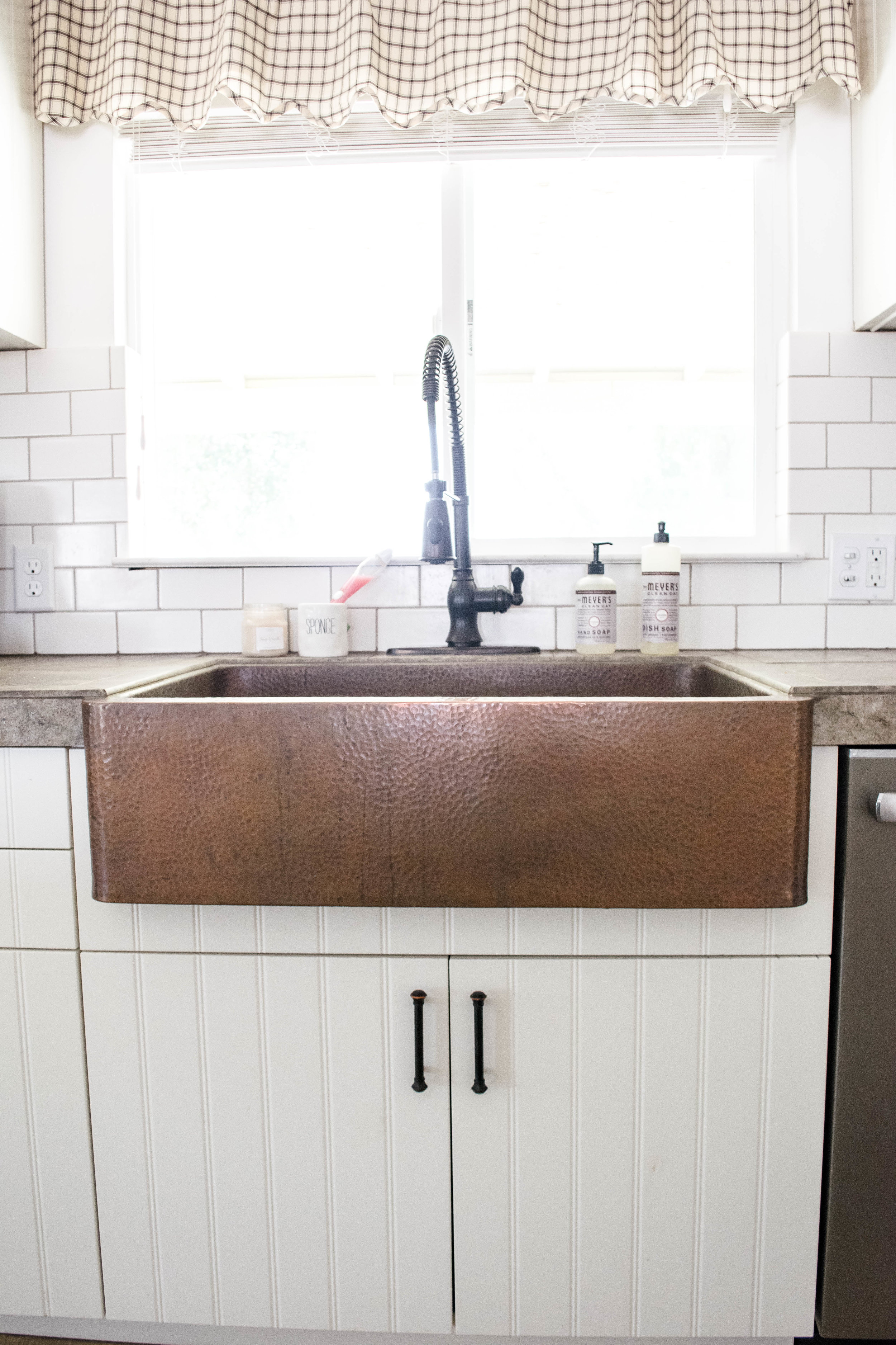 how to clean a copper farmhouse apron sink