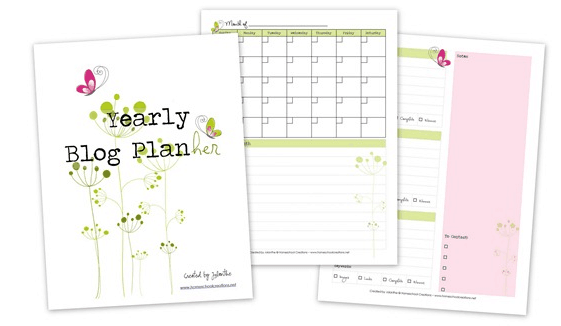 I seriously could not live without my blogging planners! We all know that running a successful blog takes careful planning and tons of promoting. Throw in affiliates, mailing lists, guest posts, tracking stats, giveaways, and taking pictures and actual writing the blogging it quickly becomes a full-time job! With so many areas needing your attention, it can often be hard to keep track of everything and stay organized. That is why I have compiled a list of free and buyable blogging planners.