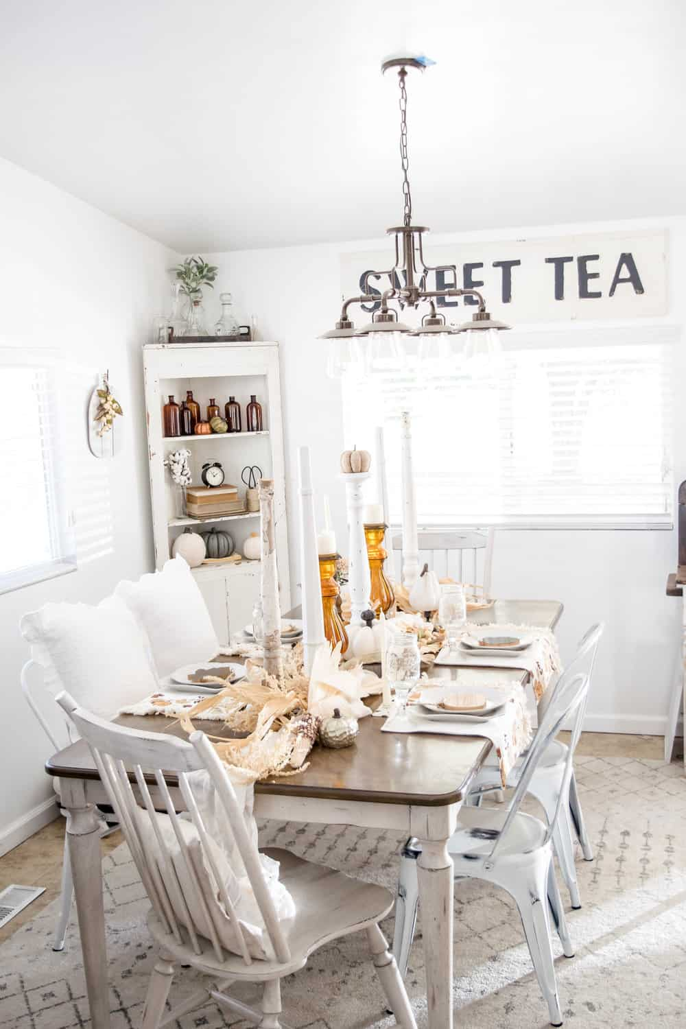 modern farmhouse fall table
